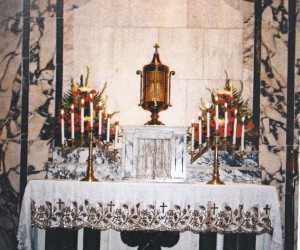 Exposition of Blessed Sacrament on St. Ann Altar